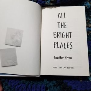 All the bright places -book